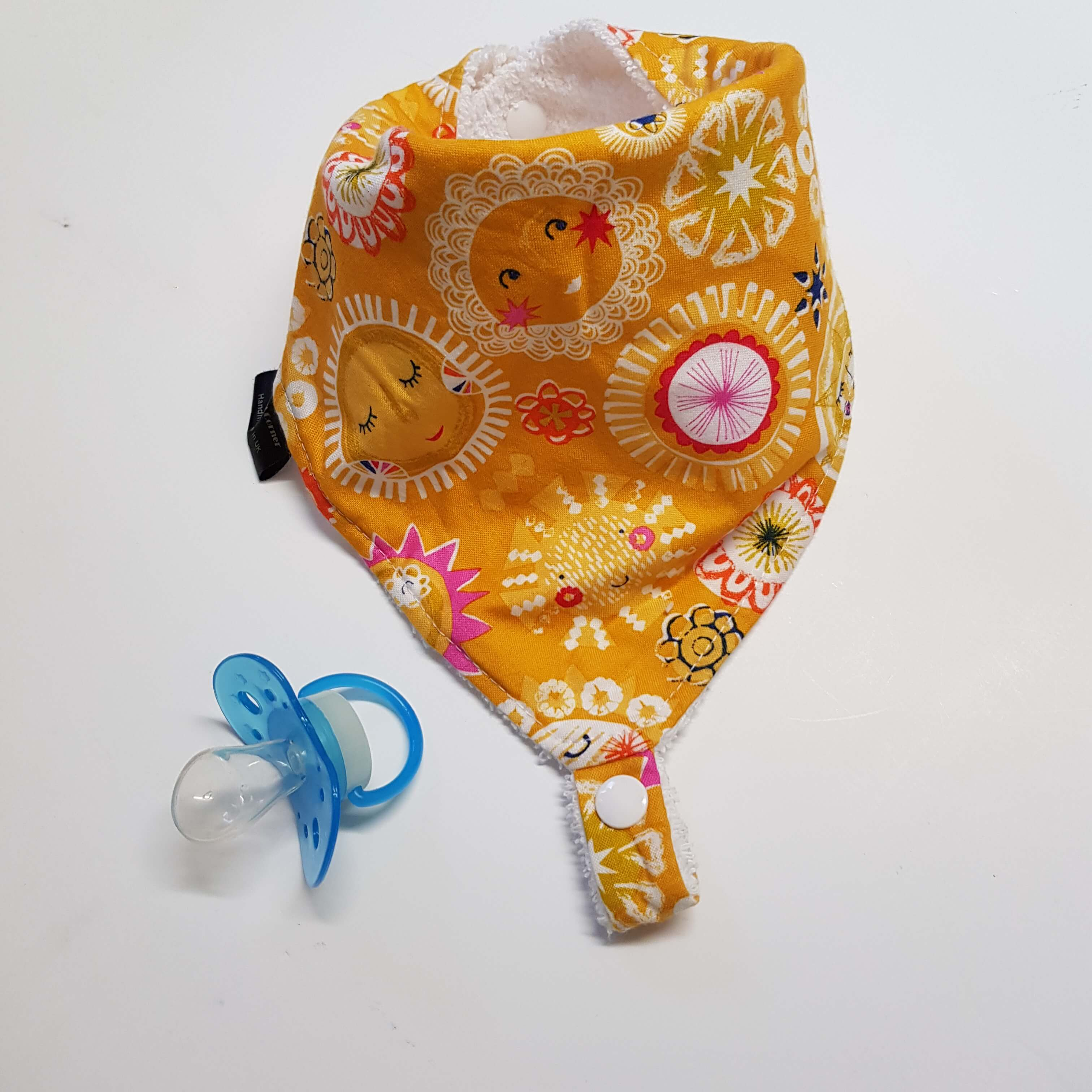 Sunshine Dummy Bib