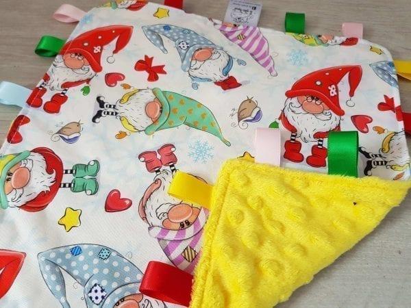 gnomes taggie blanket