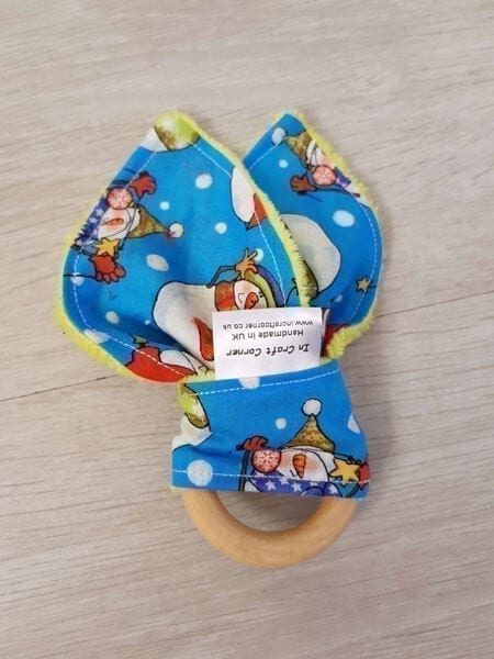 Snowmen teething ring