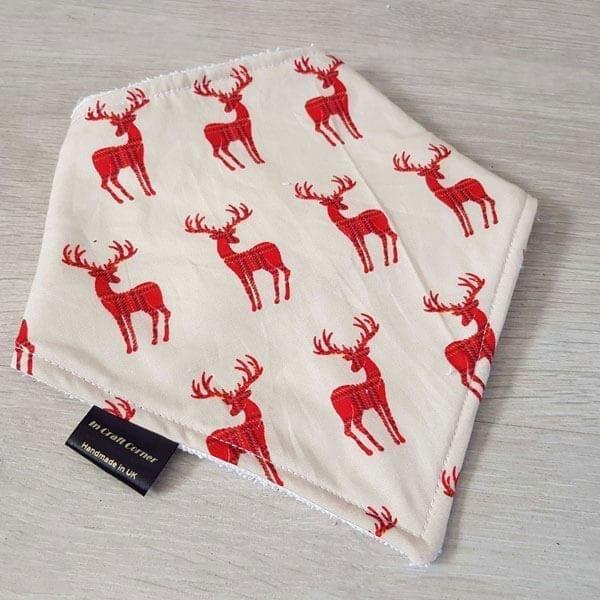 red deers dribble bib