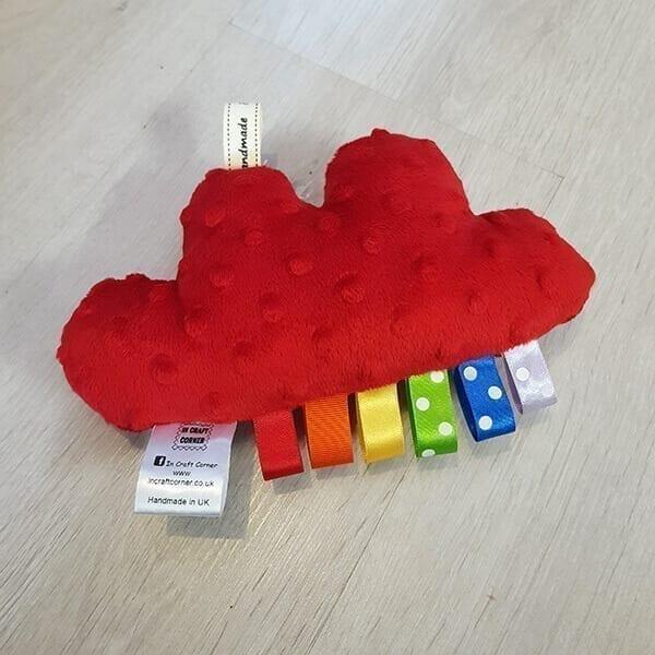 red cuddle cloud