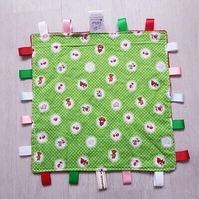 little red riding hood taggie blanket