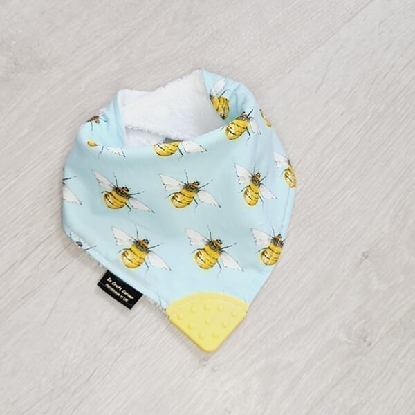 bees teething bib