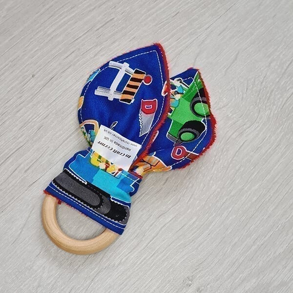 Construction teething ring