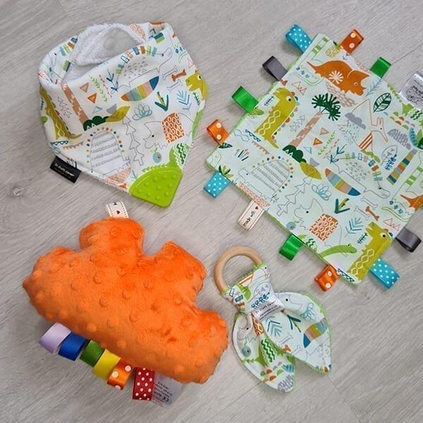 Dinos 4 piece bundle
