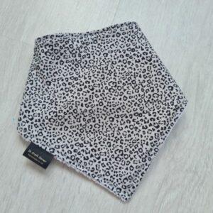 Ditsy Leopard Print Dribble Bih