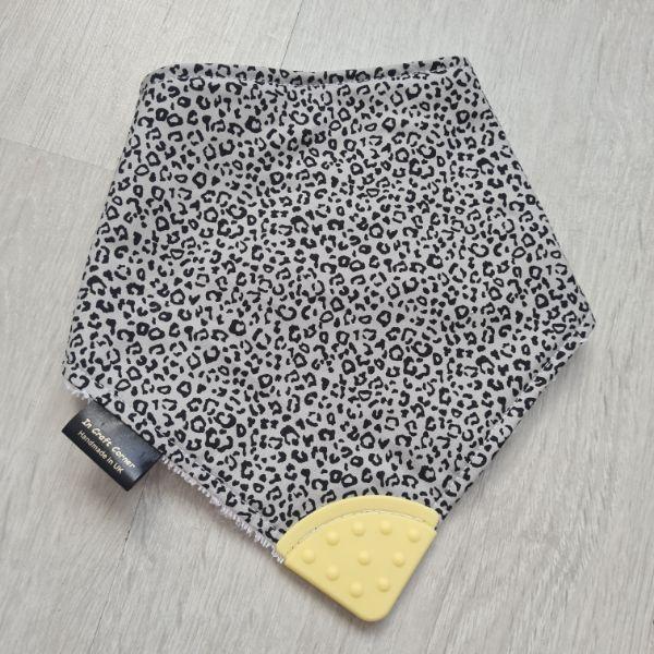 Ditsy Leopard Print Teething Bib